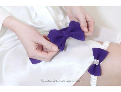 Стиляги аксессуары галстук-бабочка и подвязка на ножку фиолетового цвета