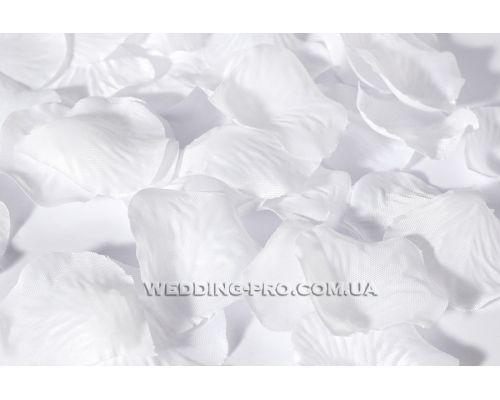 Лепестки роз из ткани