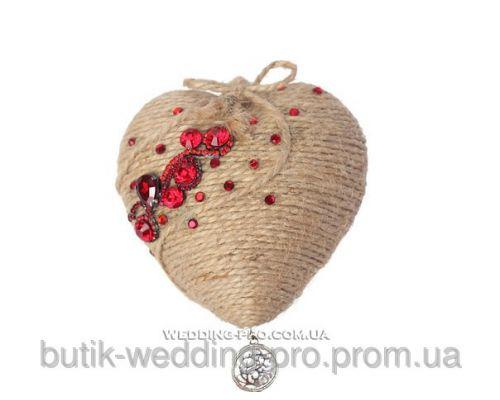 """Подушечка для колец в красном цвете """"Сердце"""" с камнями"""