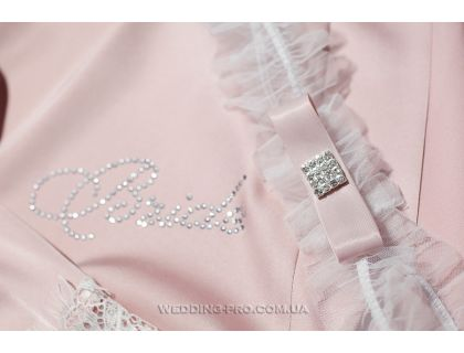 """Подвязка для невесты """"Lite"""" с брошью в стразах и бантом в пудровом цвете"""