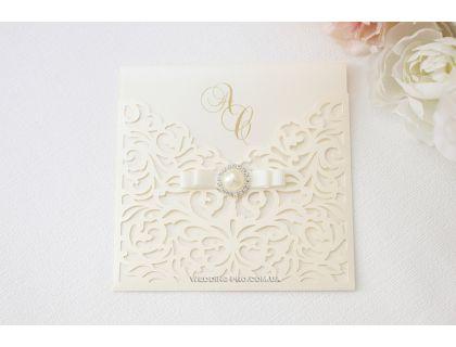"""Ажурные свадебные пригласительные с брошью и бантом """"Princess"""""""