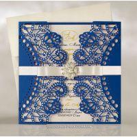 Ажурные свадебные пригласительные с брошью и бантом, цвет Синий