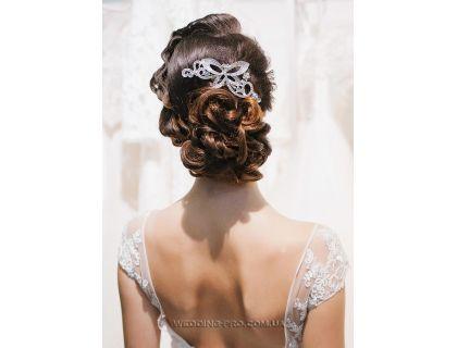 Гребень для волос цветочный с камнями и стразами